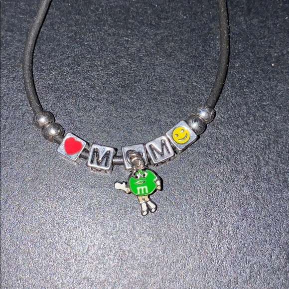 M&M bracelet Ms. Green
